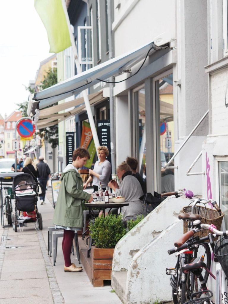 Cafe Fika: Økologisk, lækkert & veganer-venligt i Aarhus 10