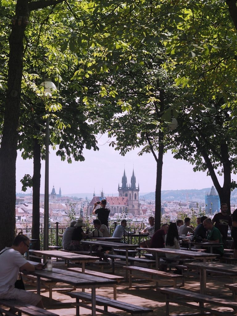 Postkort og ferietanker fra Prag 13