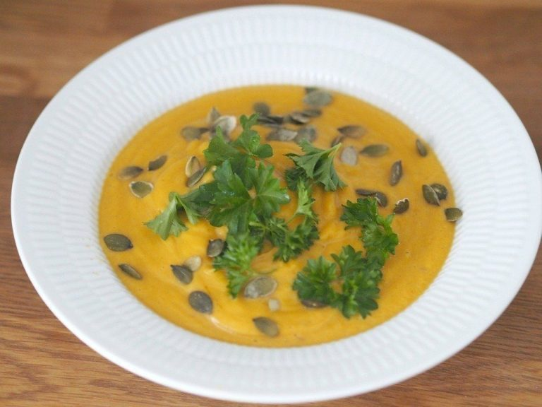 Opskrift: Cremet butternut suppe 12