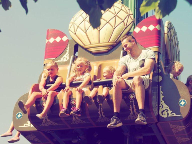 En solskinsdag i Tivoli med familien 10