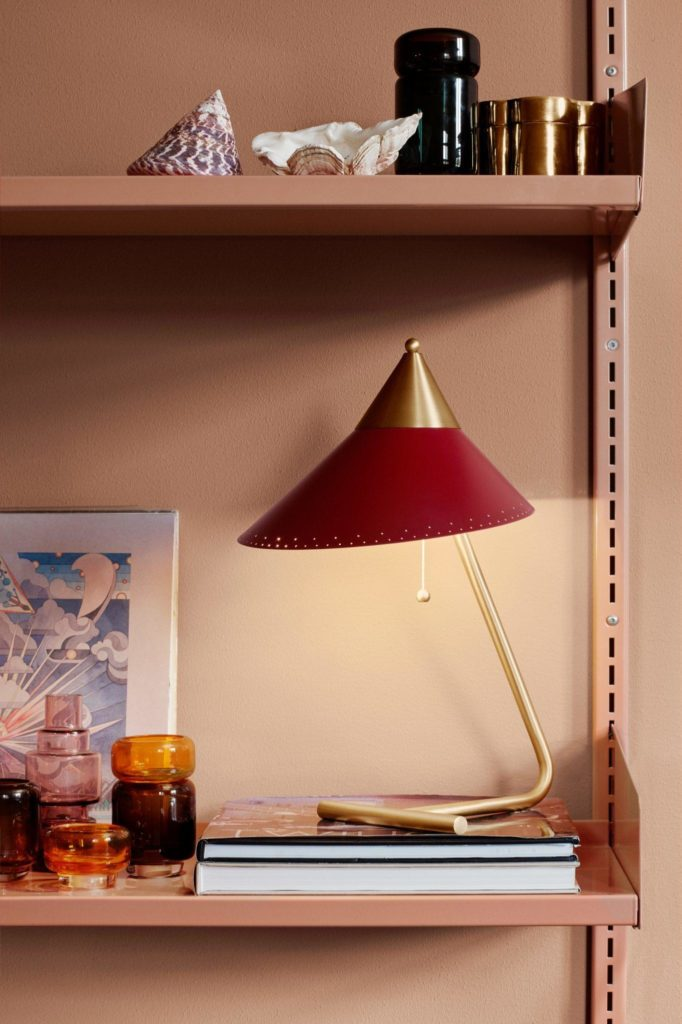 Warm Nordic lampe